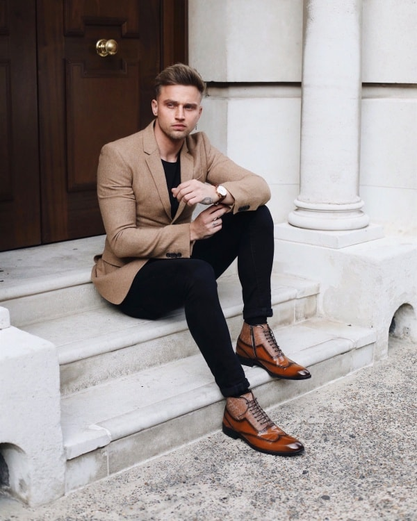 Cool Black Pants With Brown Shoes Outfits For Men