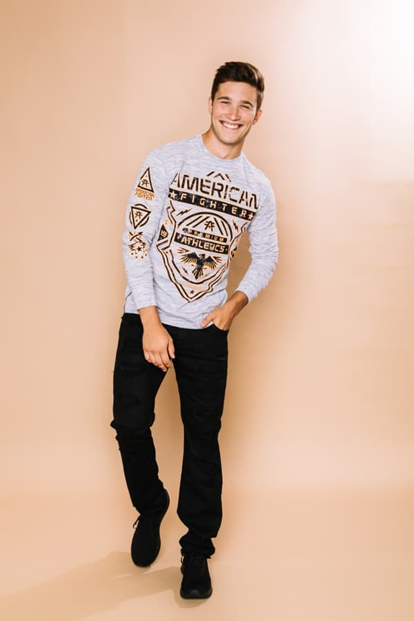 Fashionable Long Sleeve T-Shirts Outfit For Men