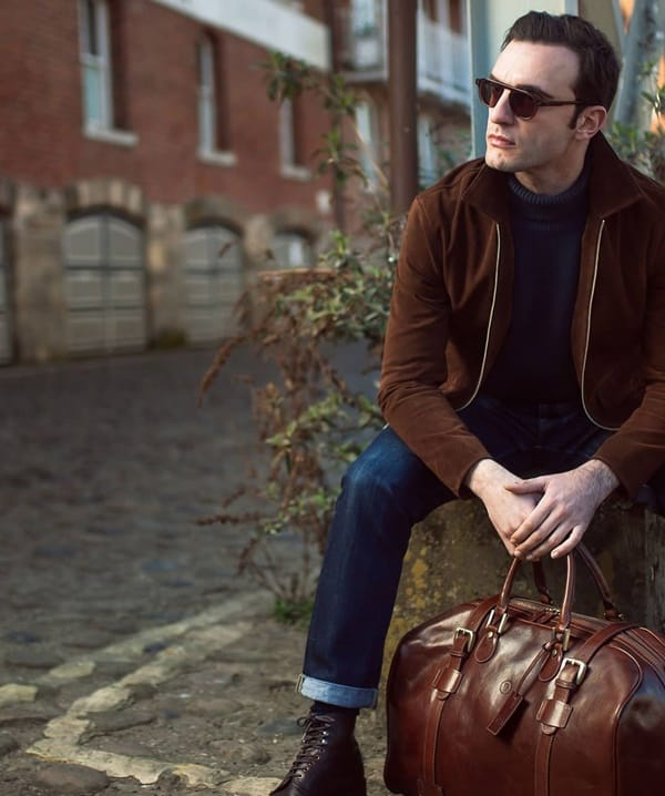 Stylish Office Bags For Men To Move In Style