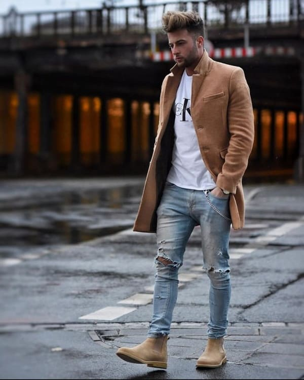 Ways To Wear a Round Neck T-Shirt In Style